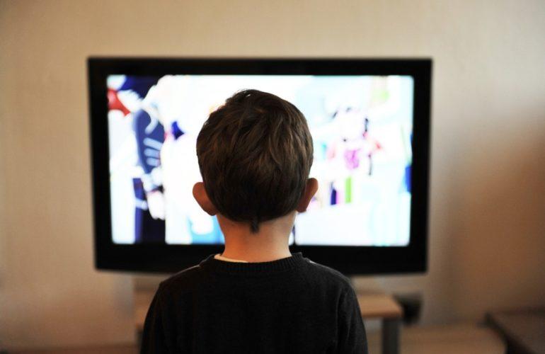 children-403582_1280-770x500 Parental Controls: Keeping Your Children Safe When Watching TV design tips