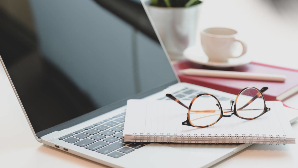 laptop-notebook-glasses Why Accessibility Matters for WordPress Themes and Their Users design tips