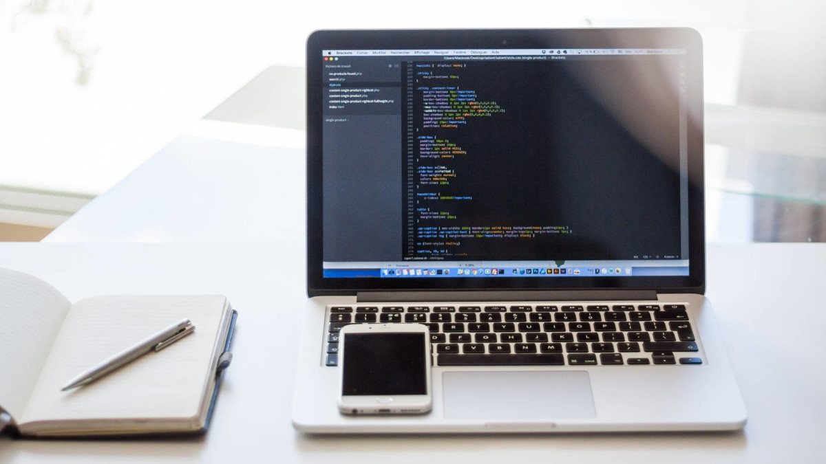 macbook-table Theme Authors Can Pass Data to Template Files in WordPress 5.5 design tips